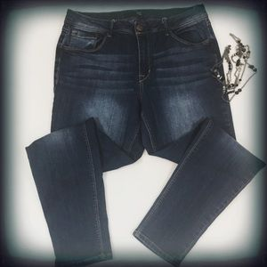 1822 Denim Skinny Dark Wash Jeans 12 EUC